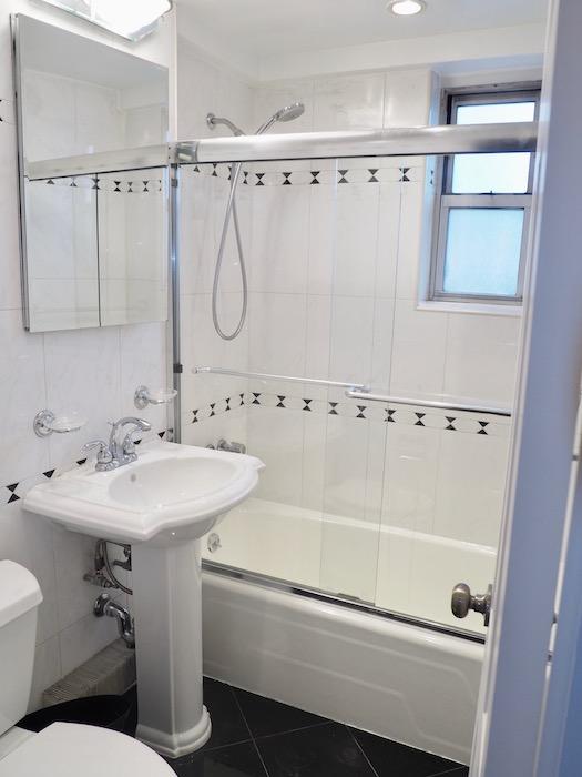 bath 7b 33g