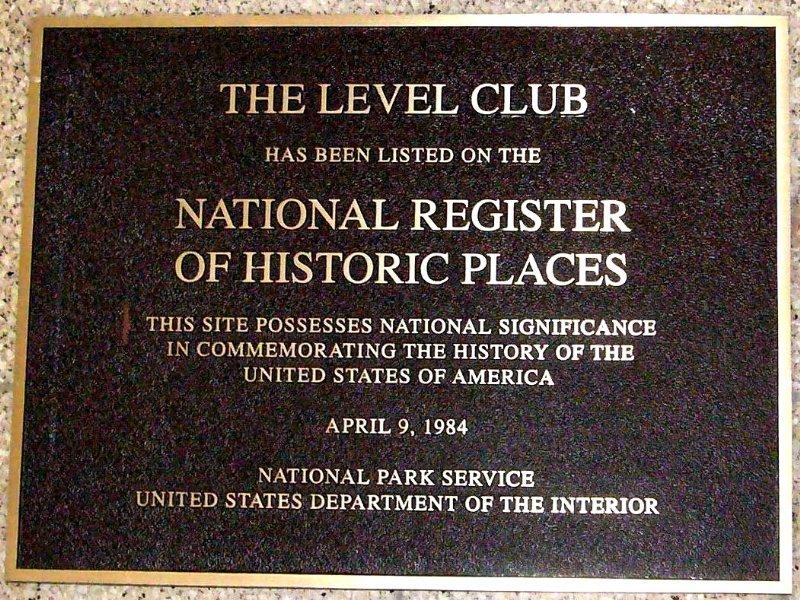 level club plack_800x600
